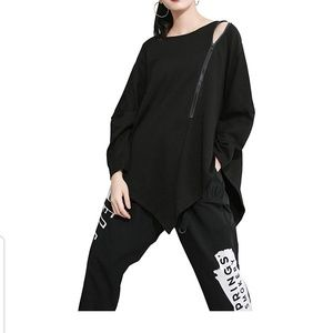 Tops - NWT Asymetrical Zip Off the Shoulder Oversized Top